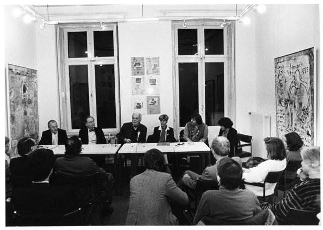 IGBK tagt in Bonn in der Ausstellung FRANEK (Mitte: Fred Thieler, rechts daneben FRANEK